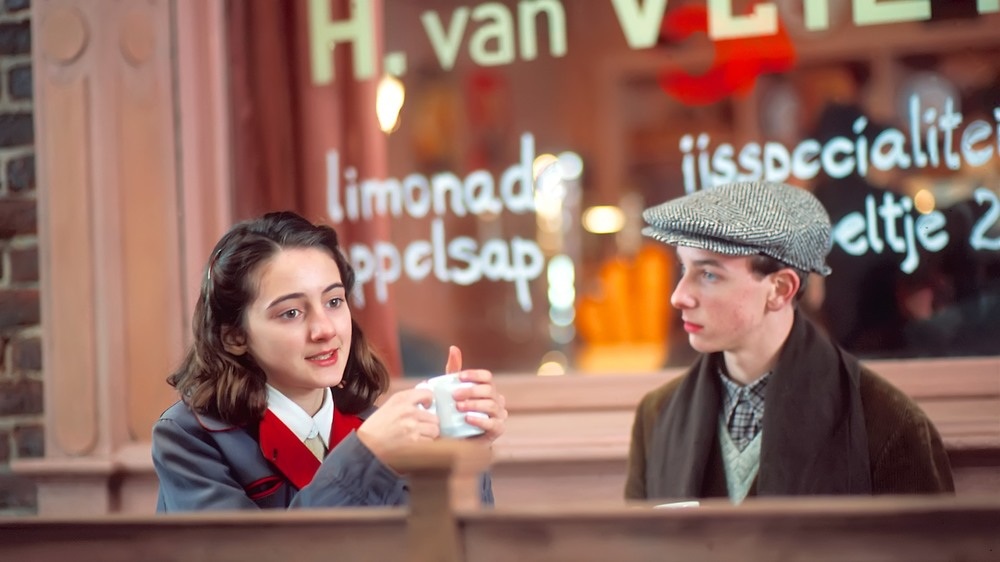 Anne-Frank-08.jpg