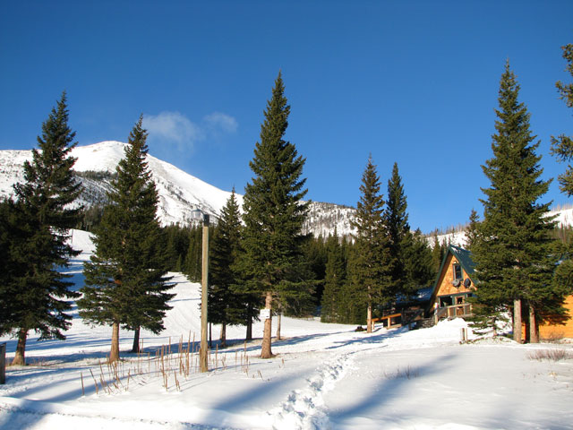 Teton Pass Ski Area lodge