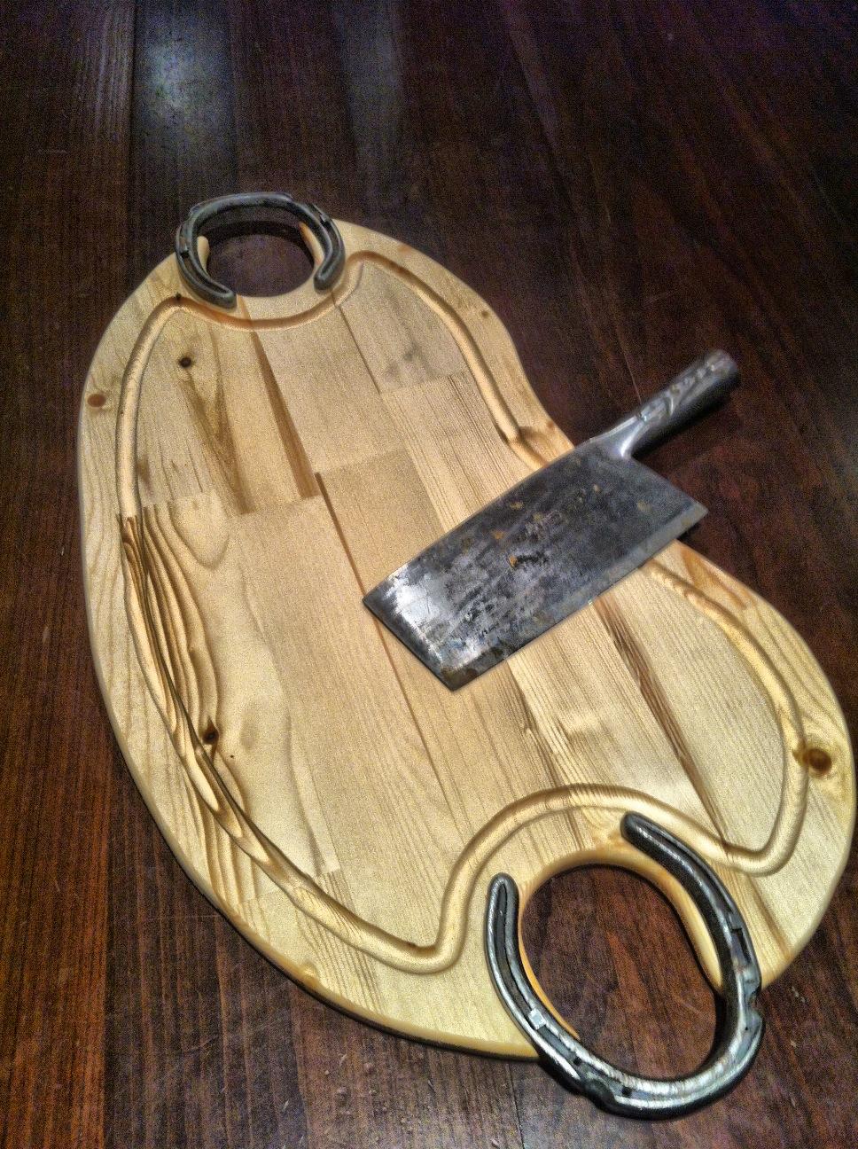 horseshoecuttingboard3.JPG