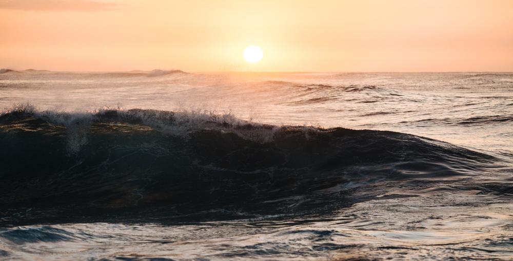 Waves-3089.jpg