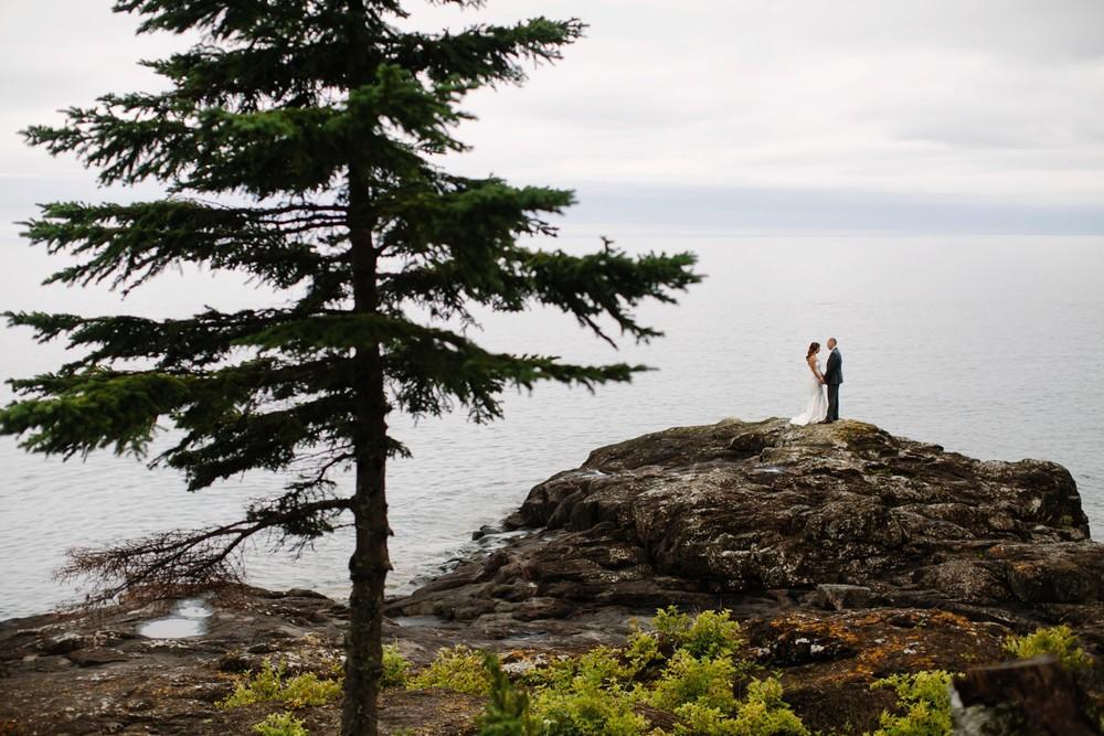 Duluth-Minnesota-North-Shore-Wedding-photographer-russell-heeter_0031.jpg