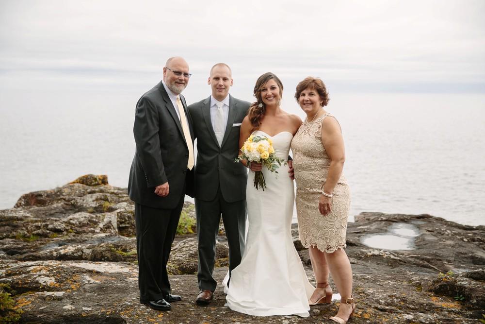 Duluth-Minnesota-North-Shore-Wedding-photographer-russell-heeter_0040.jpg