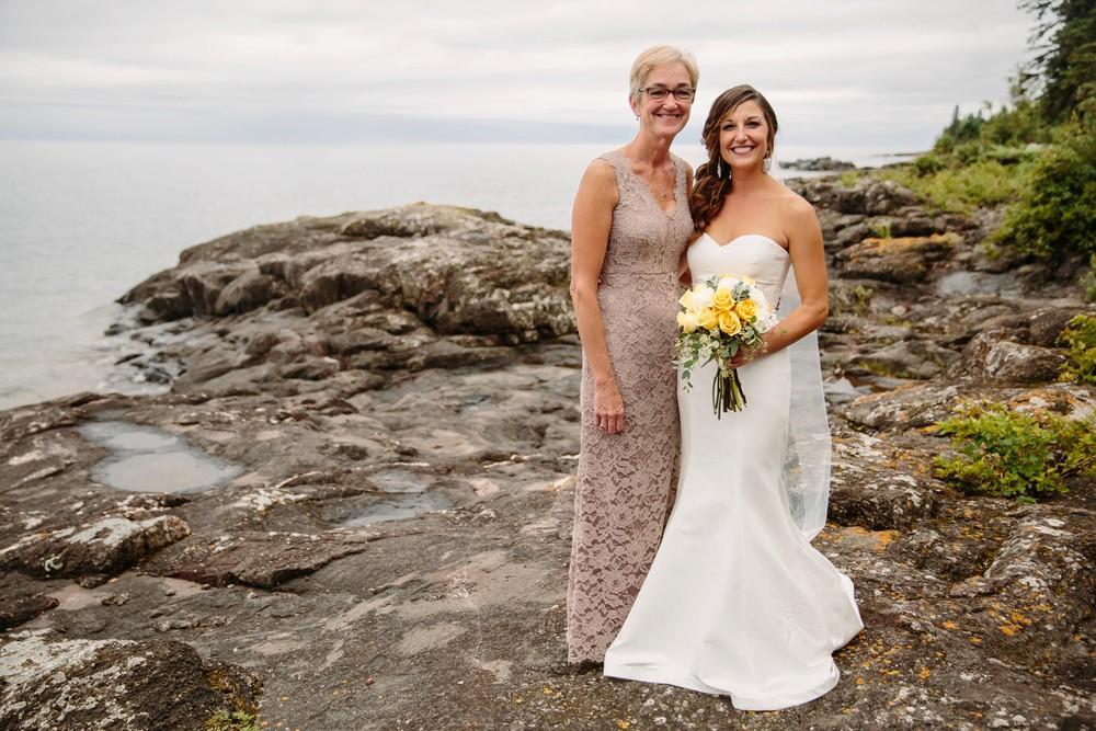 Duluth-Minnesota-North-Shore-Wedding-photographer-russell-heeter_0048.jpg