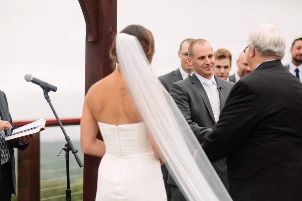 Duluth-Minnesota-North-Shore-Wedding-photographer-russell-heeter_0080.jpg