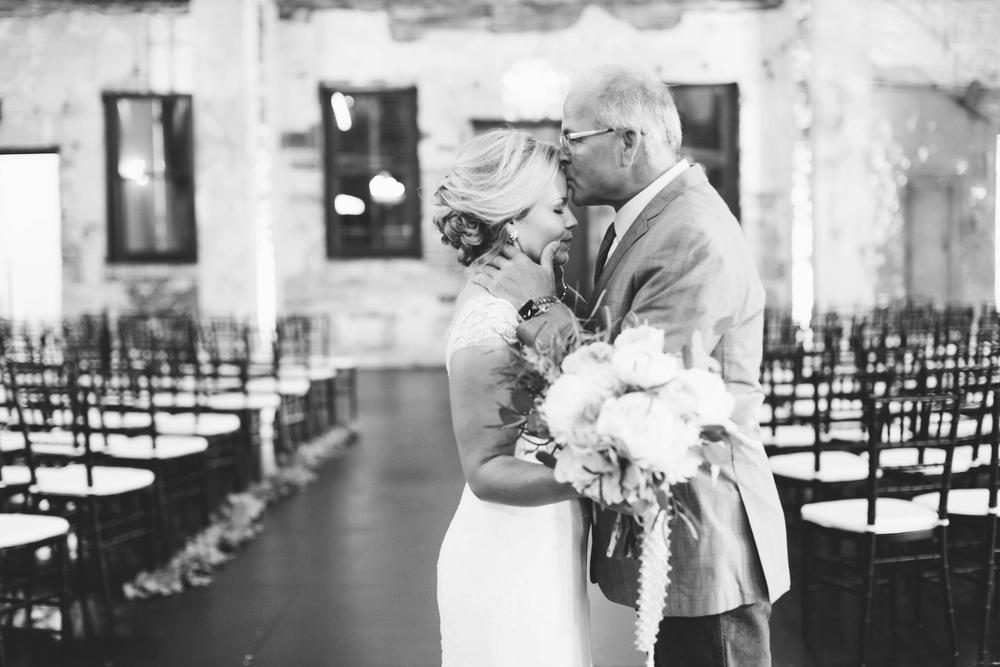 Minnesota Wedding Photographer Russell Heeter_0050.jpg