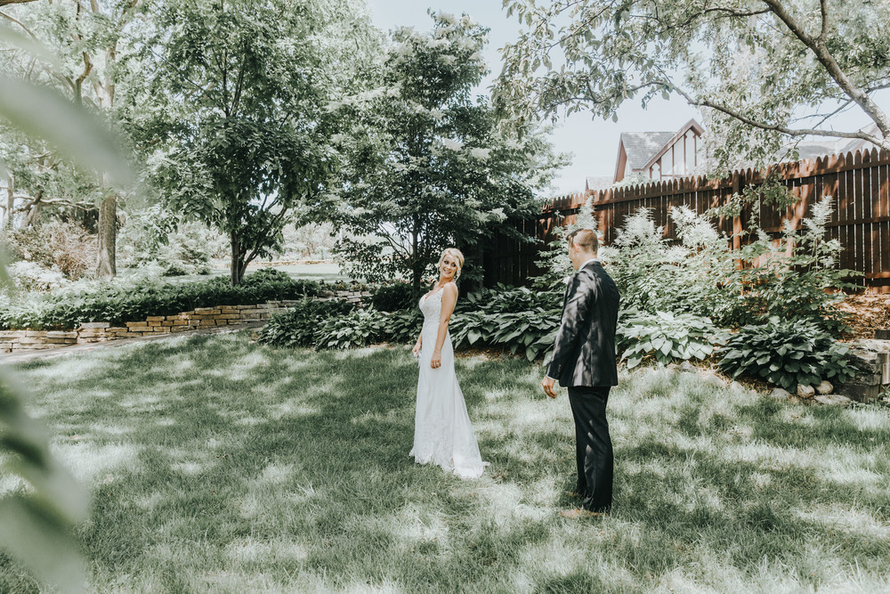 Lindsay+Lance_WeddingPreview_WoodsChapel_RussellHeeterPhotography-6.jpg