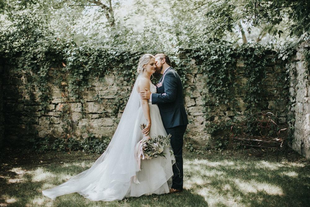 Tonya+Brett-Phelps-Bloom-Lake-Barn-Wedding-Russell-Heeter-Photography-283.jpg