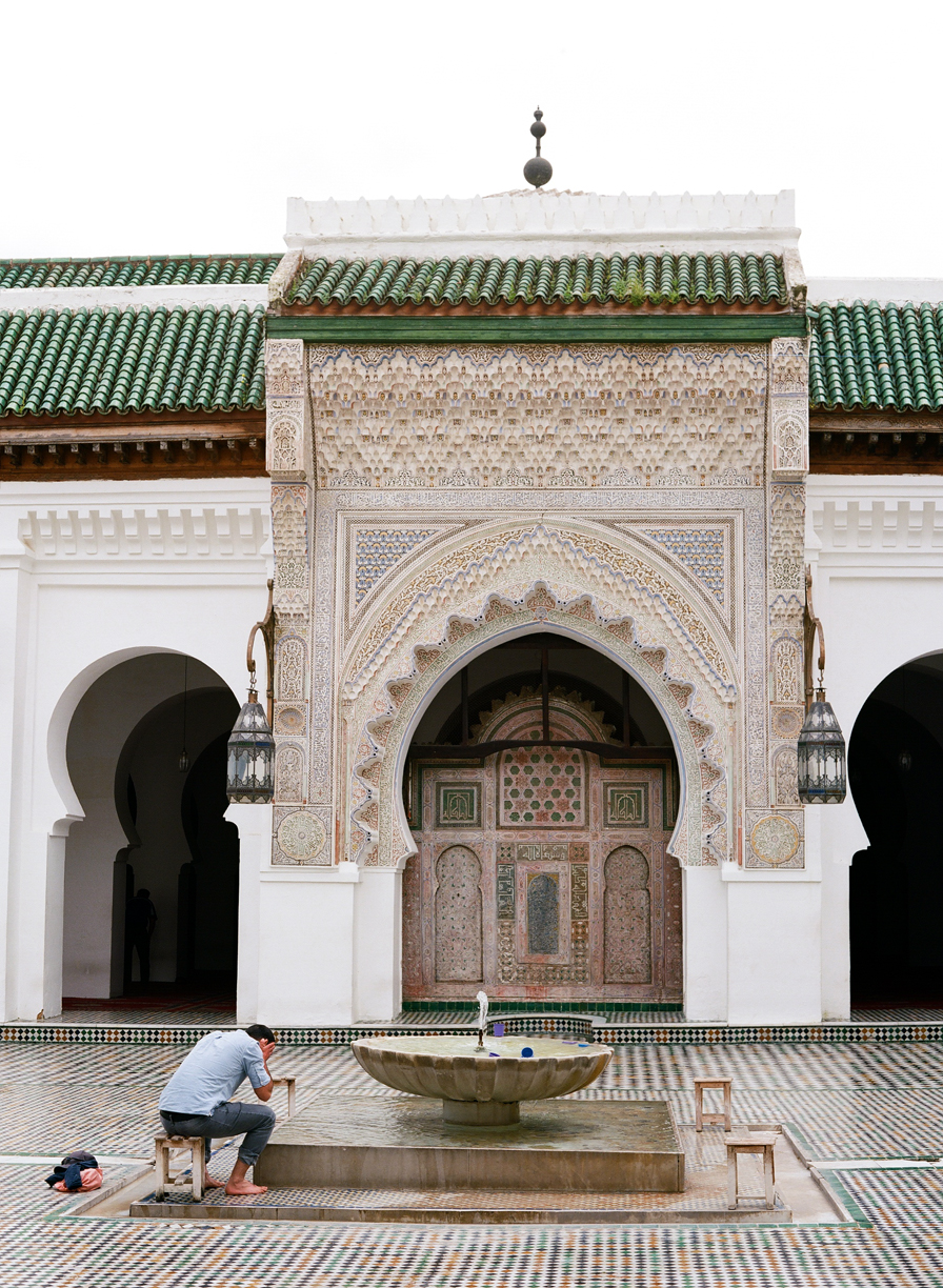 man washing at fountain at Qarawiyyin Mosque and University_Fez_web.jpg