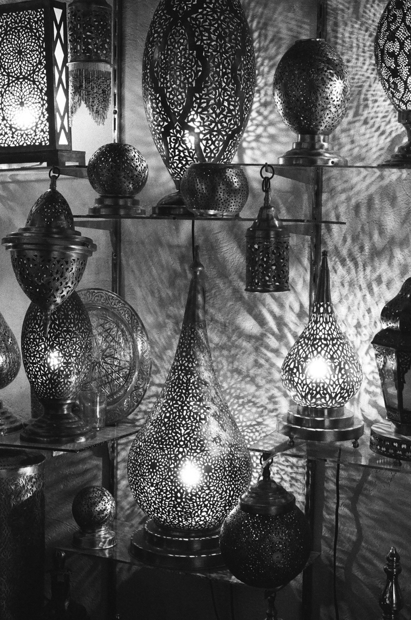 Light Lanterns Inside Shop in Fez_web.jpg