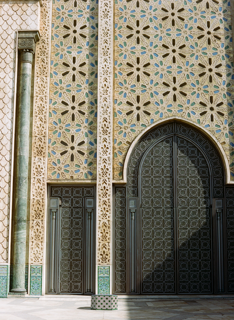 door and shadow exterior of hassan mosque II_web.jpg