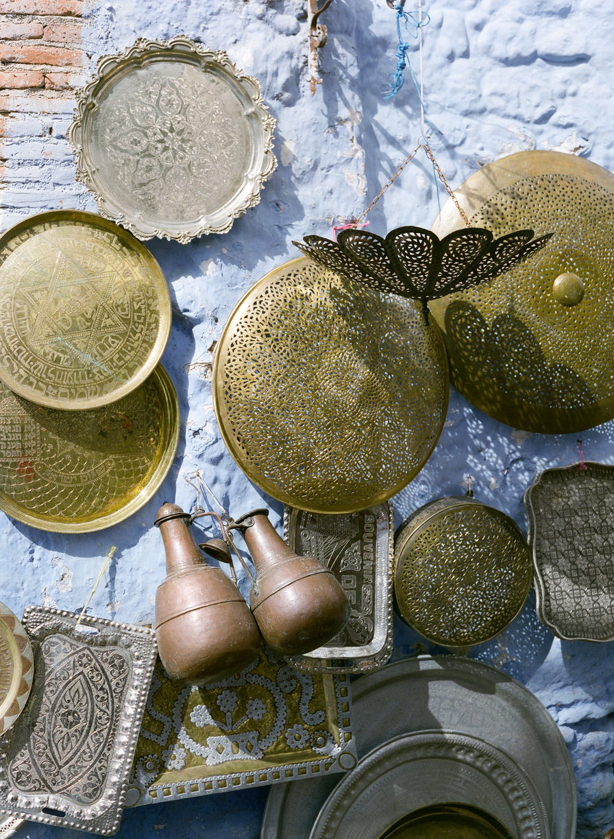 Metal and Copper Pans and Trays Displayed on Wall_Chefchaouen_web.jpg