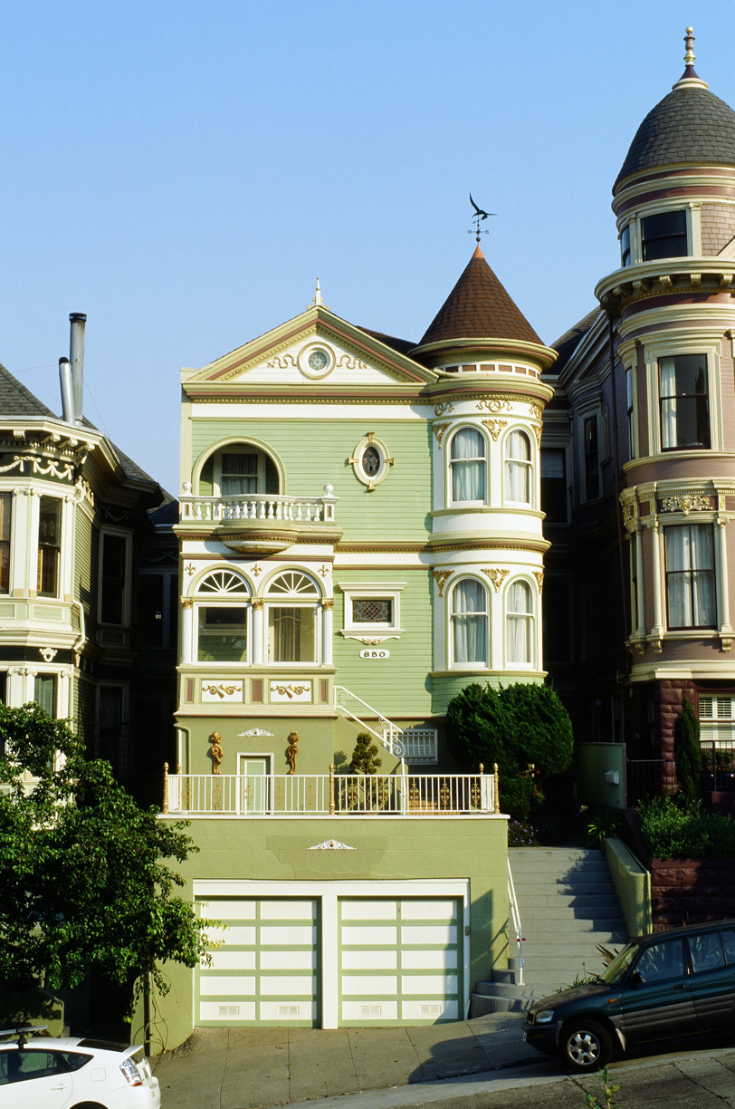 Light Green Row House_San Fran_Painted Ladies_web.jpg