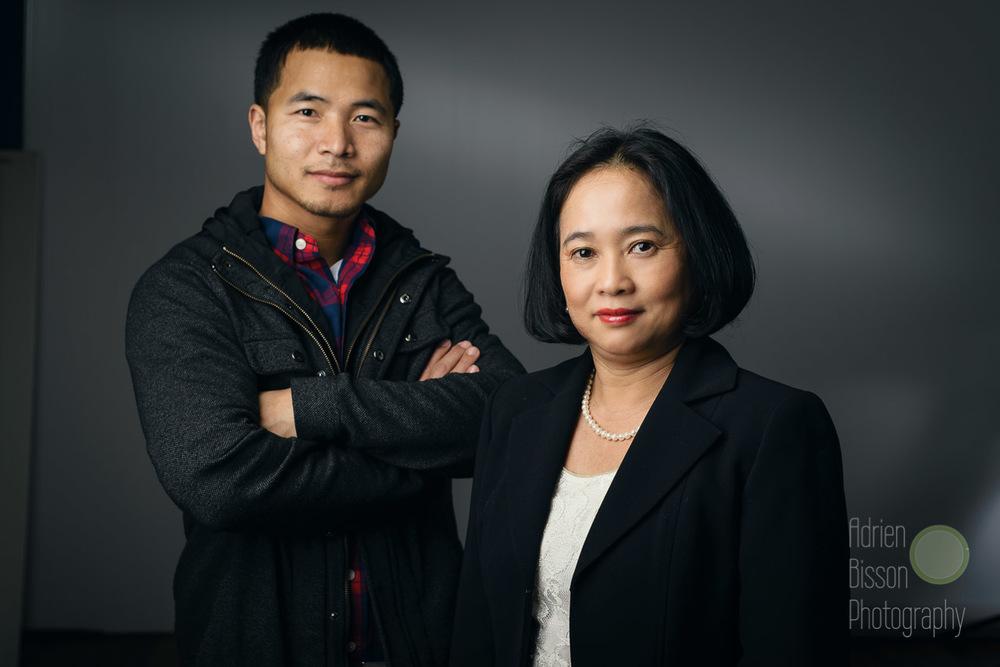 Principal dancer Samnang Hor (l), Master and Artistic DirectorPhousita Huy (r)