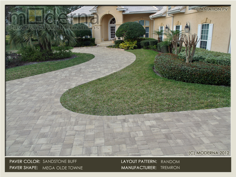 Large paver driveway construction in Ponte Vedra Beach FL. Mega Olde Towne shape in a custom color blend of Sandstone and Buff.