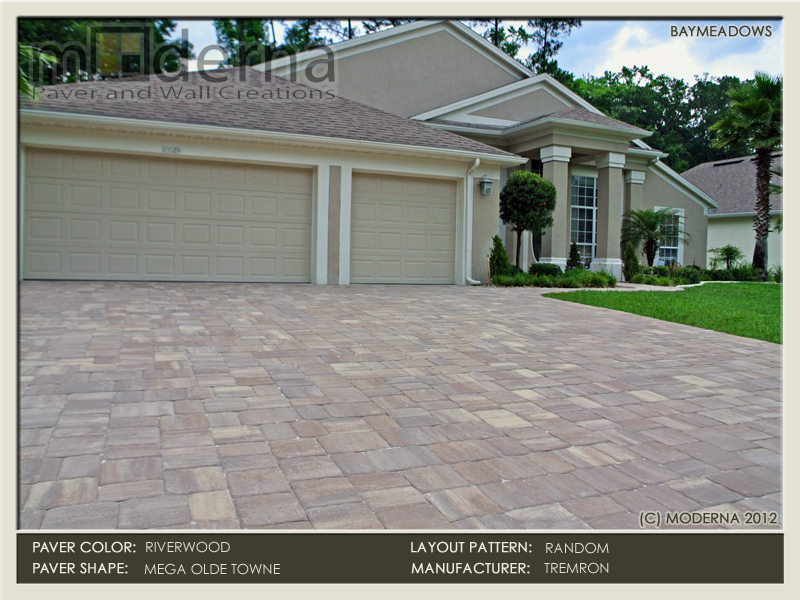 Paver driveway and walkway installation in Jacksonville FL. Mega Olde Towne pavers in a random pattern. Riverwood color.