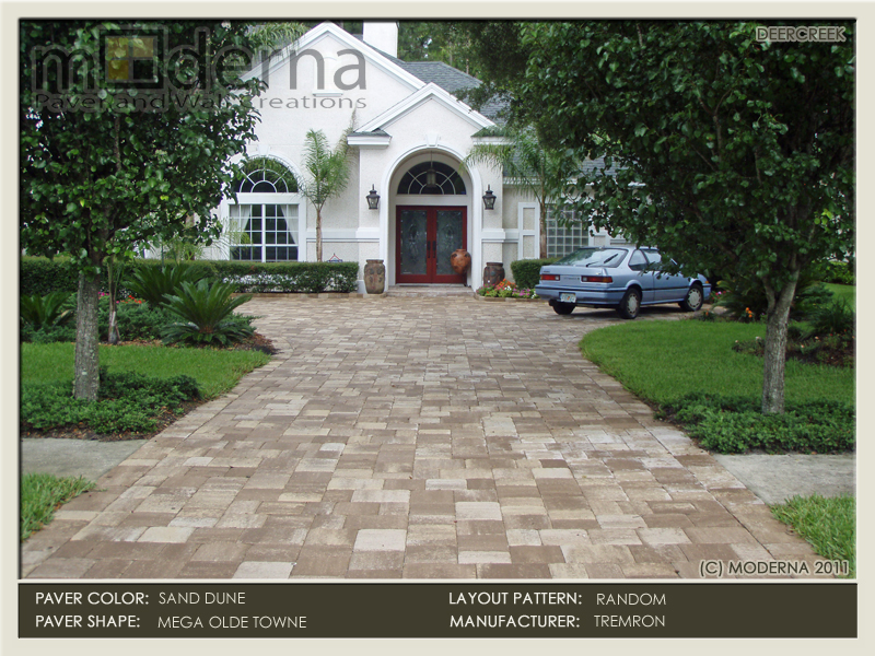 Paver Driveway in Jacksonville FL. Mega Olde Towne pavers in a random pattern with a 3 piece border. Sand Dune color.