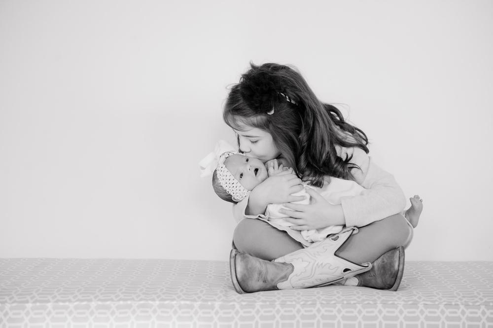 Daisy Newborns-30.jpg