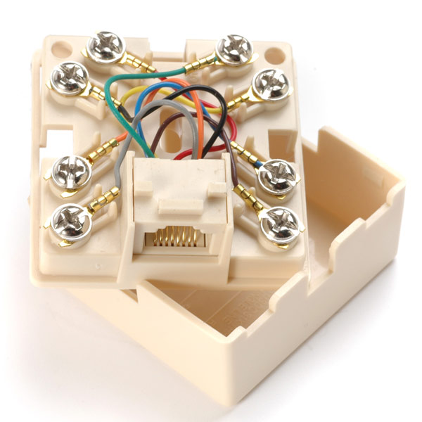 Watch likewise Bell Telephone Junction Box moreover How to install telephone wiring myself likewise Data likewise Outdoor Telephone Box. on telephone demarcation box