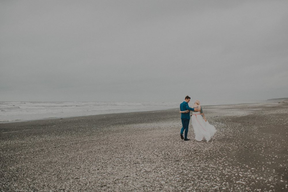 Otaki beach wedding. New Zealand wedding photographer