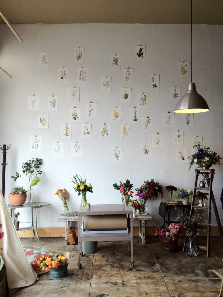 Maker Yasmine Floral Designs Blooms In The Air