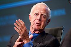 Former SEC Chairman Arthur Levitt