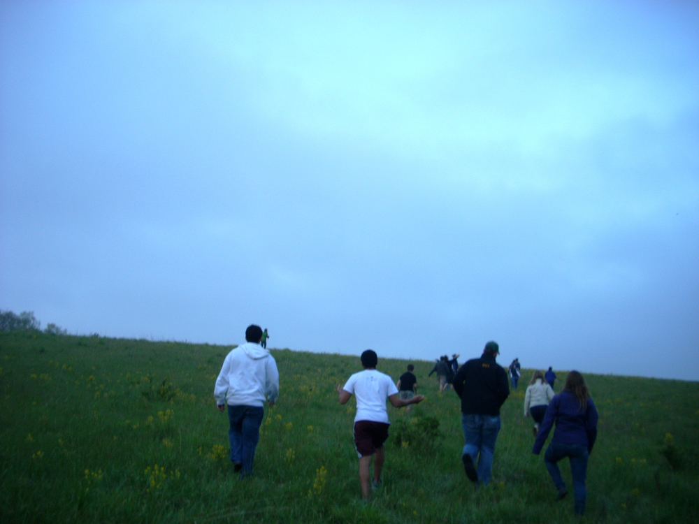 Walk up the Hill 02.JPG