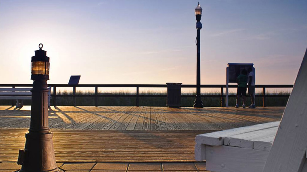 Delaware<a href=http://kebony.com/en/projects/bethany-beach-boardwalk>→</a><strong></strong>