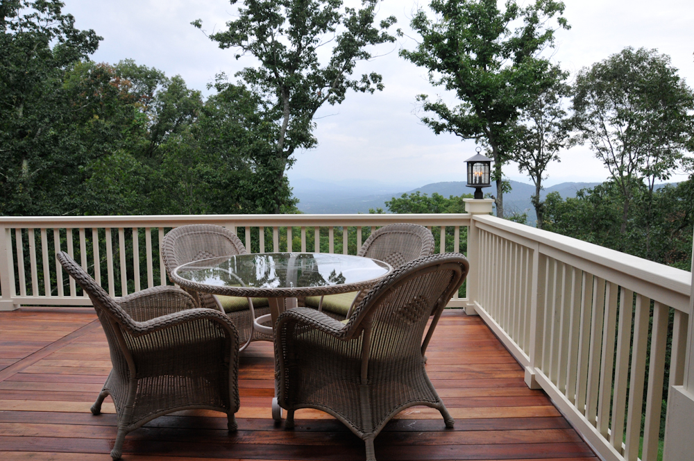 Haas Residence, Spectacular views, and detail of Tigerwood Deck and handrail.