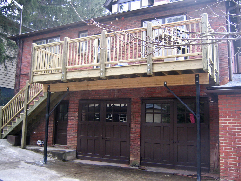 Pistor Residence, Rear deck.