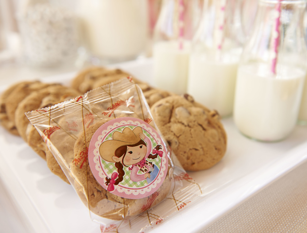 Mrs Fields Cookie LS_ (6) .jpg