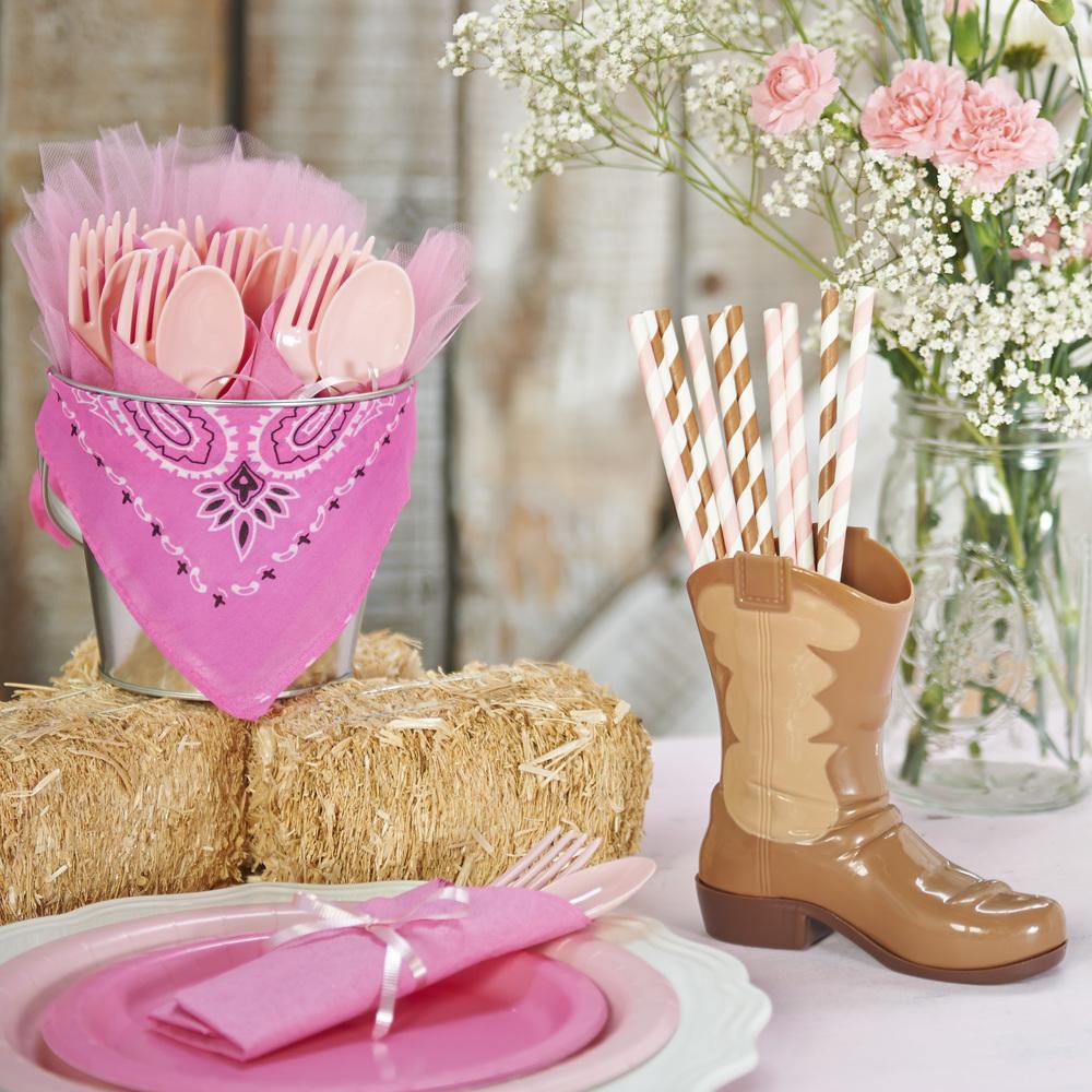 DIY_pink cowgirl_table decor_LS.jpg