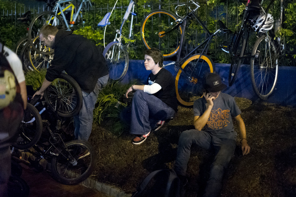 After Baltimore Bike Party outside Pratt Street Alehouse.