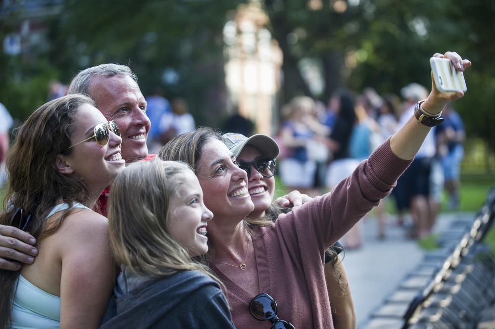 Olivia Bell '19 of Dover, Mass. (back left) takes a farewell selfie with her family: Sister Carly (bottom), Dad Robert (top right), sister Emily (bottom right) and mom Lisa, herself a 1986 Bates graduate.
