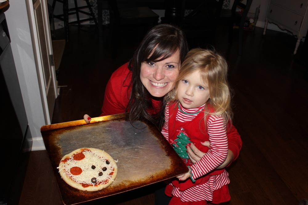 2013_Christmas_eve_pizzas.JPG