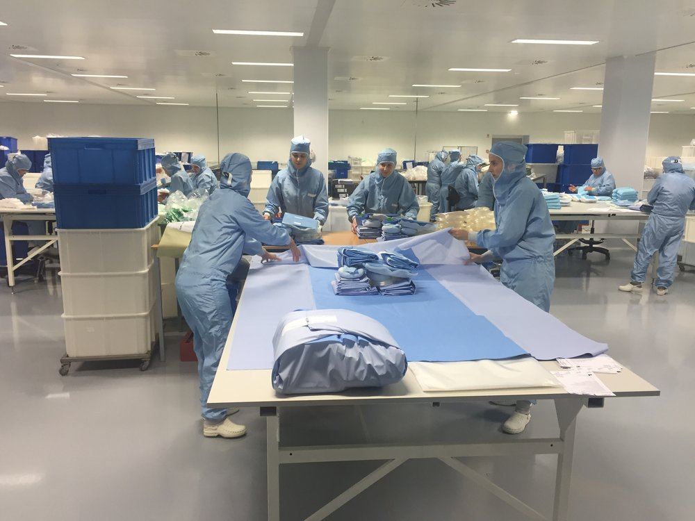 Productie Liber Medical procedure pack in ISO class 7 cleanroom