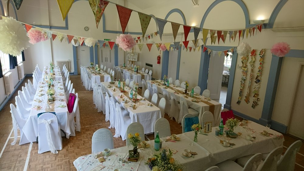 gorgeous boho chic at gladstone village hall - white lace and wild flowers were the perfect partners for the bunting and pompoms and natural burlap in this stunning venue!
