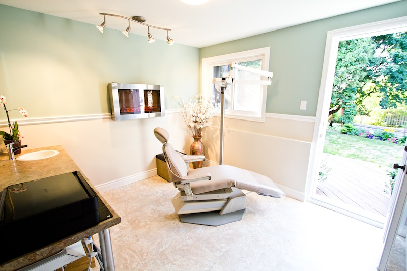 Dental cleanings in a relaxing setting