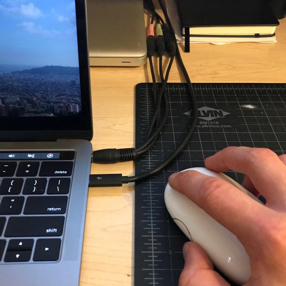 workspace_computer.jpg