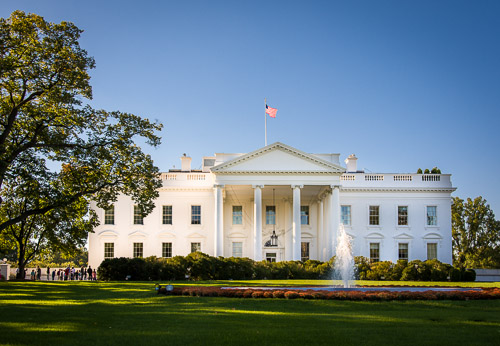 A photograph of The White House in Washington, DC