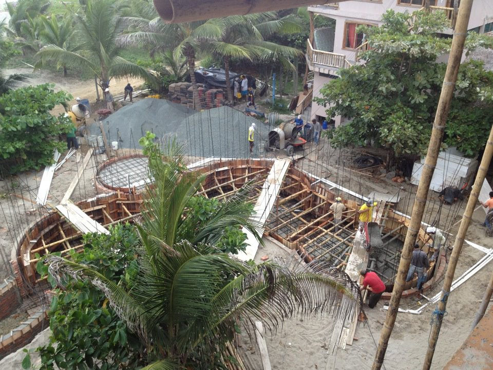 Canoa Beach Hotel Pool Construction