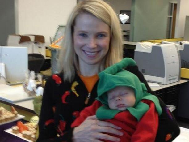 marissa-mayer-and-her-baby.jpg