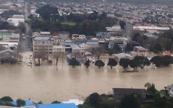 eight_col_Wanganui_floods.202315.jpg
