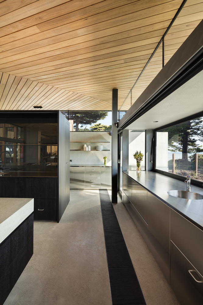 Sorrento Beach House. Kitchen