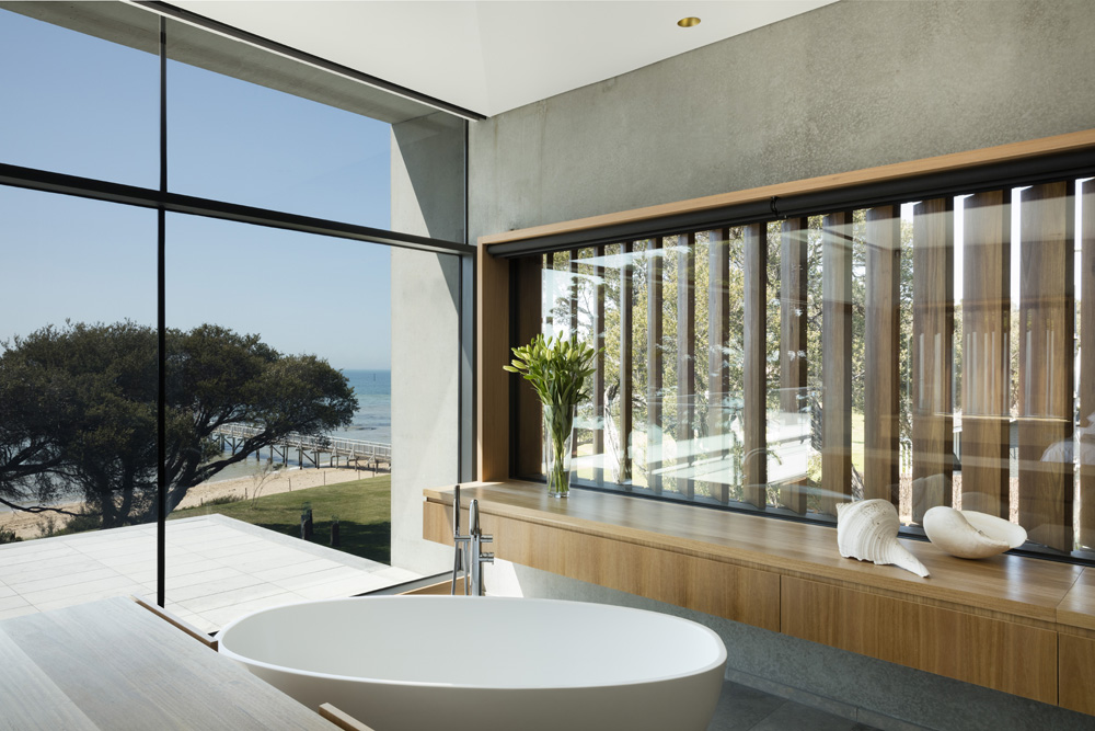 Sorrento Beach House. Bathroom