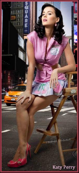 Katy Perry 05 Pink Heels.jpg