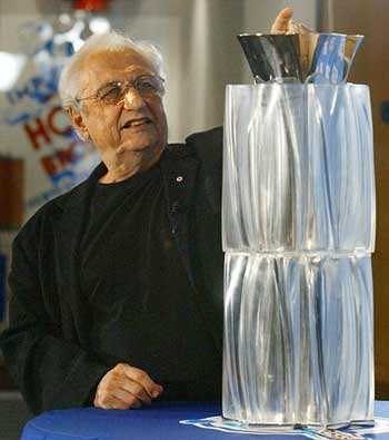 Gehry with WCH trophy via CBC.ca