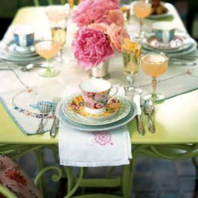 table-setting-0404p113-m.jpg2.jpg