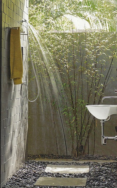 La Dolce Vita outdoor shower.jpg