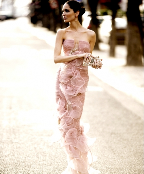 PINK Armani Prive Splenderosa.jpg