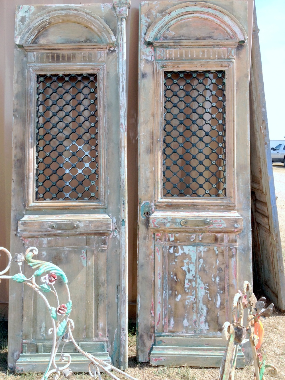 photo (2).JPGarched iron doors.jpg
